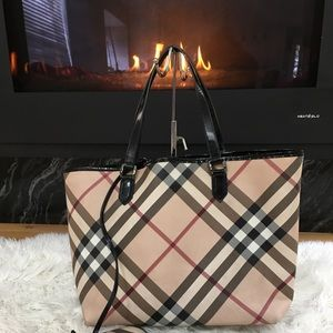 Burberry Nova Check Large Tote